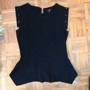 Short sleeve top with studs